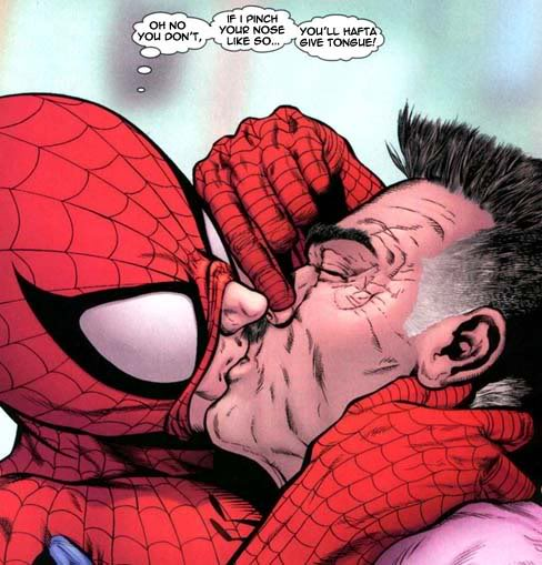 Spider-Man gay (mouth to mouth resuscitation)