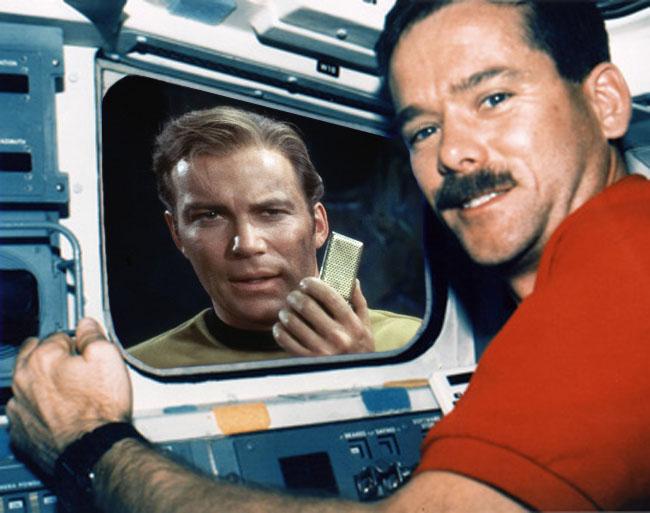 William Shatner Tweets Astronaut Chris Hadfield