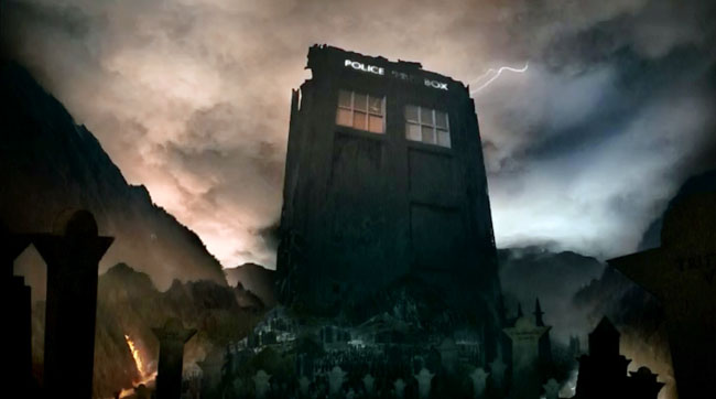 Matt Smith Departs Doctor Who Christmas Special (The Name of the Doctor - Trenzalore TARDIS tombstone)
