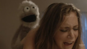 The Fuzzz Review -  Roxy (Rachel Bloom) Rainbow Brown (Peter Bradley) puppet sex scene