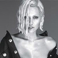 Miley-Cyrus-nude-spreads-plural-W-Magazine-pg