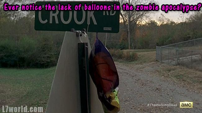 The Walking Dead Balloon vs Zombies