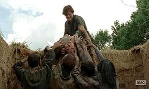 The Walking Dead s04e07 zombie pit