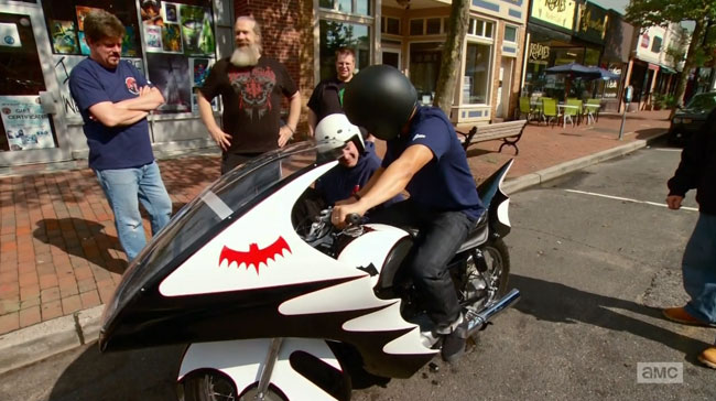 Comic Book Men patrol Red Bank on the Batcycle