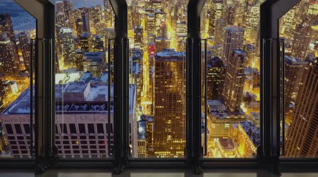Leaning tower of Chicago makes 30 degree Tilt (glass window)
