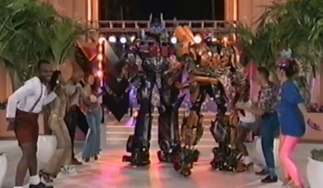 Transformers dance on Tonight Show at Universal Studios