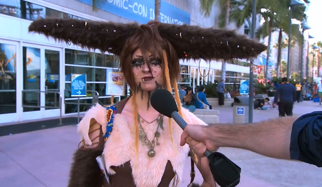 Jimmy Kimmel goes to Comic-Con for sexy cosplay (Pokemon Eevee cosplay)