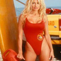 Pamela Anderson refuses ALS Ice Bucket Challenge