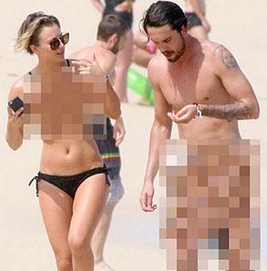 Kaley Cuoco nude photos hacked censored