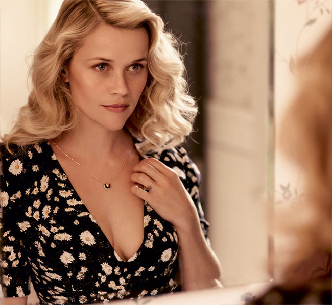 Reese Witherspoon nude for Wild sex scene Vogue cleavage