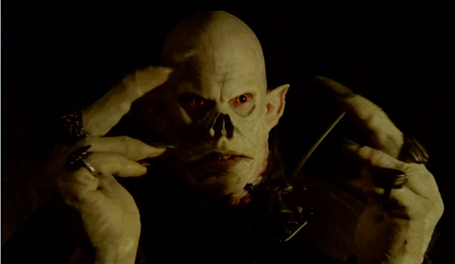 The Strain unveils the Master vampire fingers (The Disappeared).