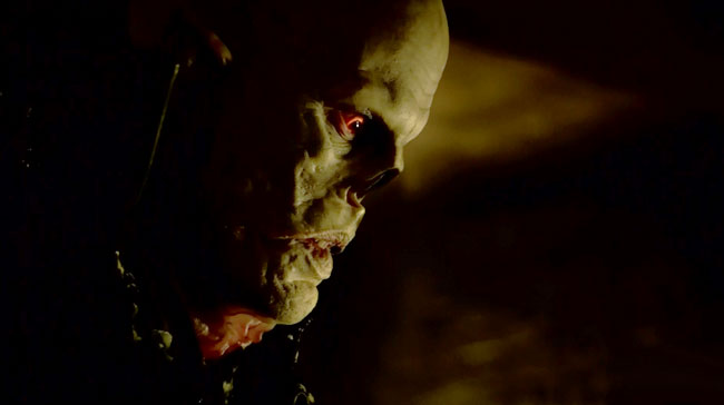 The Strain unveils the Master vampire nose (The Disappeared)