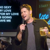 Jensen Ackles is Too Sexy for Supernatural Dean karaoke