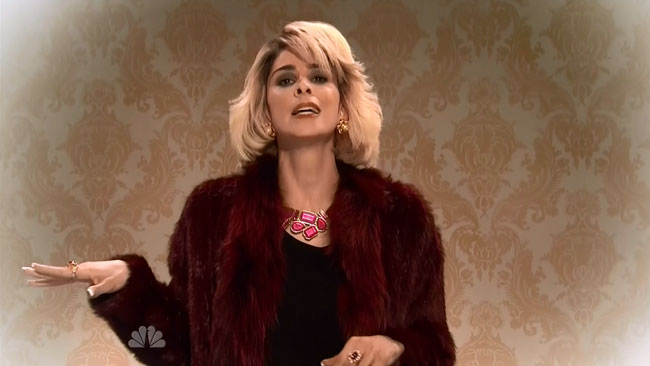 SNL host Sarah Silverman pays tribute to Joan Rivers