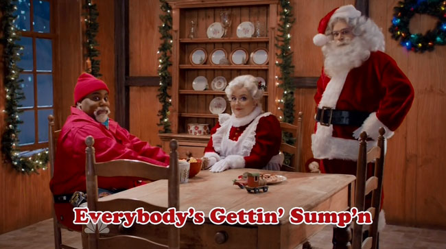 SNL Sump'n Claus Christmas song black Santa Kenan Thompson Bobby Moynihan Aidy Bryant