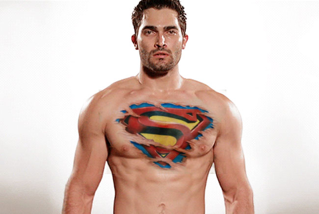 Supergirl castsTyler Hoechlin shirtless as Superman s logo